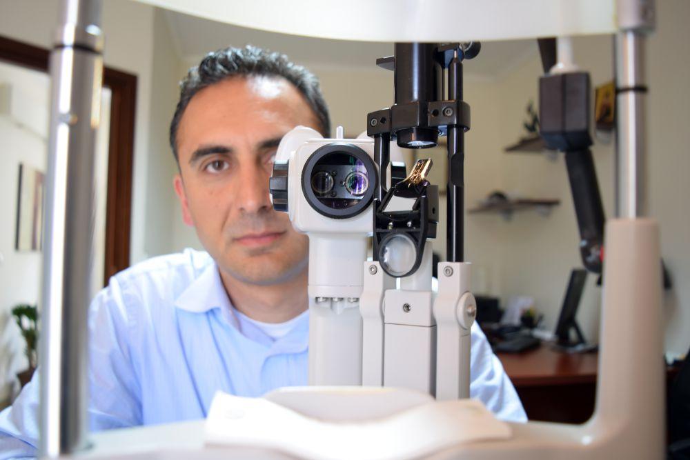 Πέτρος Στεργιόπουλος οφθαλμίατρος