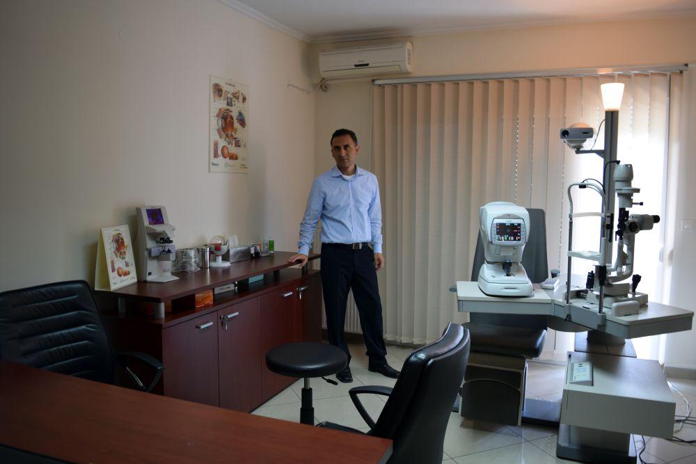 Οφθαλμίατρος - Dr. Πέτρος Στεργιόπουλος